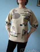 fajny sweterek z aplikacjami SM...