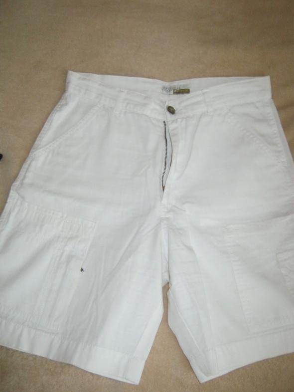 Spodenki białe krótkie letnie S