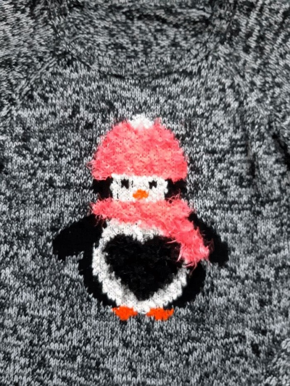 Świąteczny sweterek pingwin 152n158