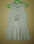 Szara rozkloszowana sukienka z kapturem 110 cm