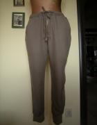 luzne spodnie Internacionale 38...