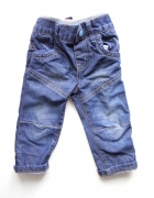 Spodnie rozmiar od 9 do 12 miesięcy...