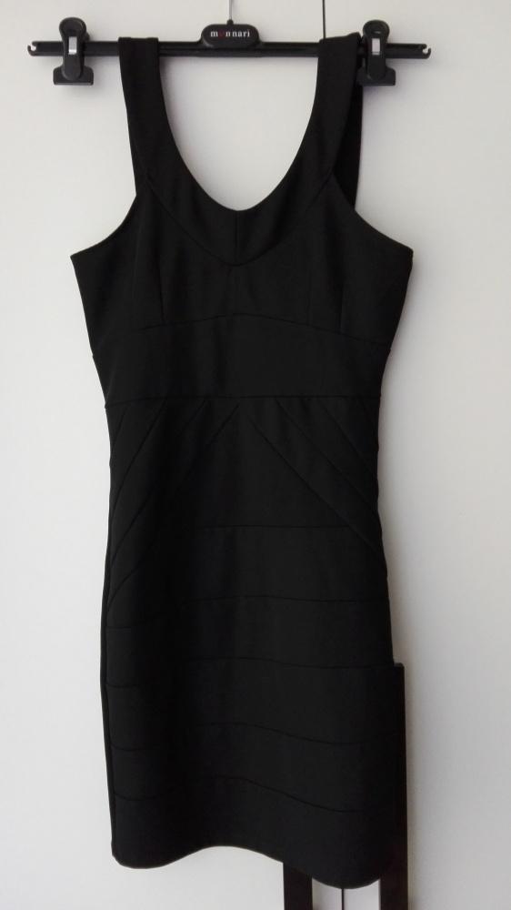 czarna bandażowa sukienka obcisła