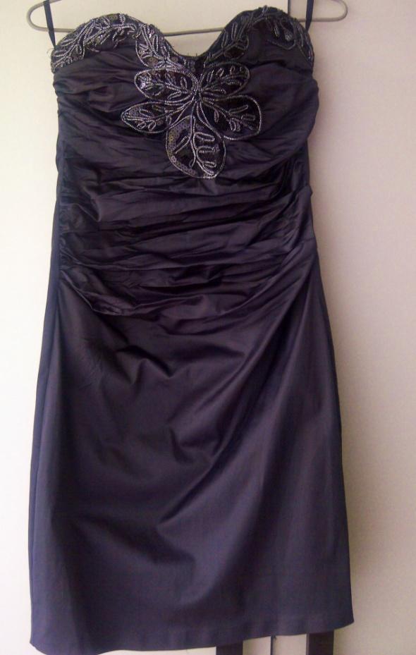 stalowa sukienka prosta