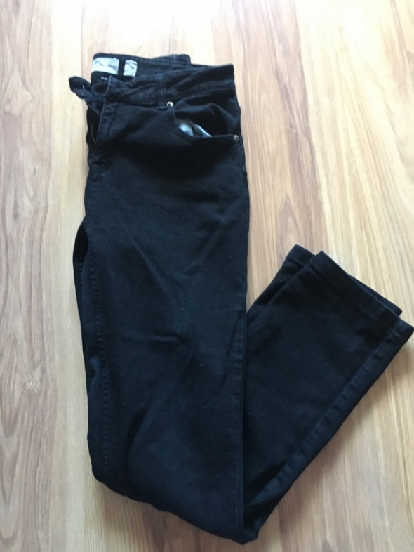 Spodnie Czarne spodnie cubus S