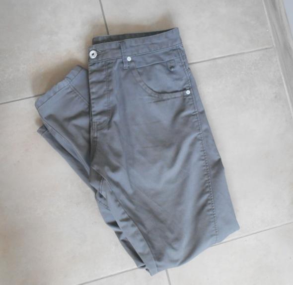 Jack and Jones szare męskie spodnie antifit chinos