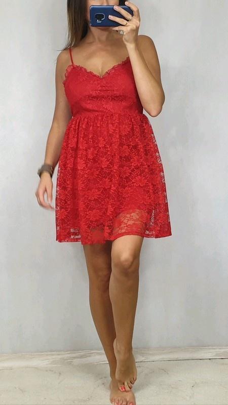 czerwona sukienka z koronki S...