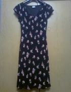 czarna sukienka w róże...