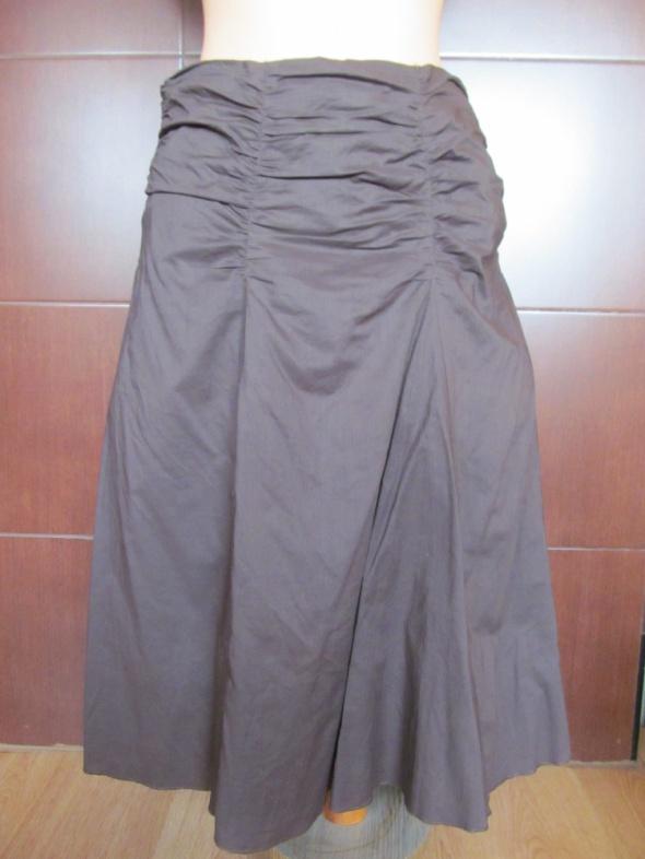 Spódnice Rozkloszowana spódnica midi