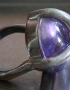 Pierścionek fioletowa kóla...