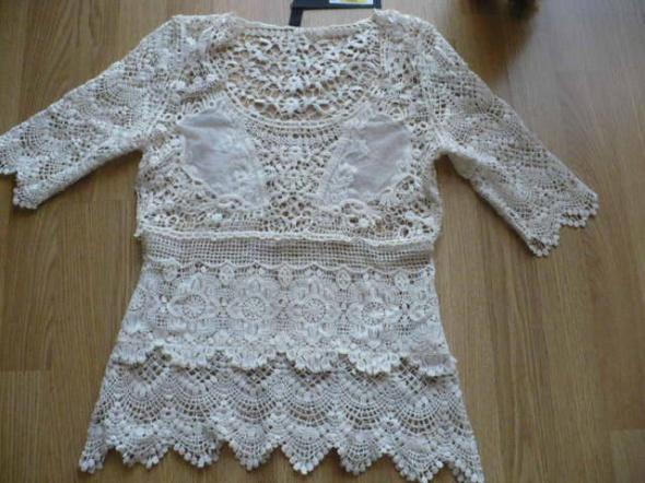 Koronkowa bluzka Vero Moda...