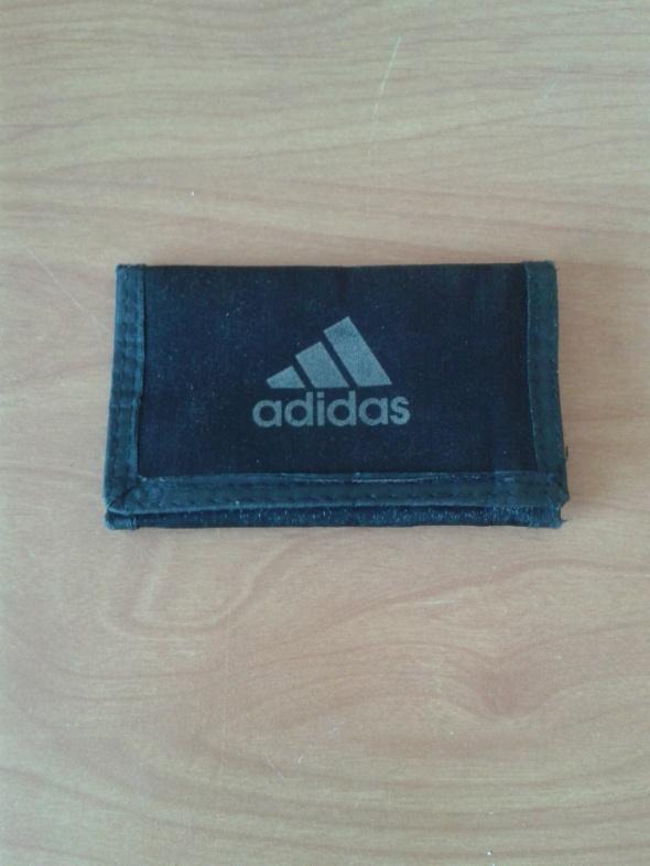 Mały czarny portfel portfelik Adidas