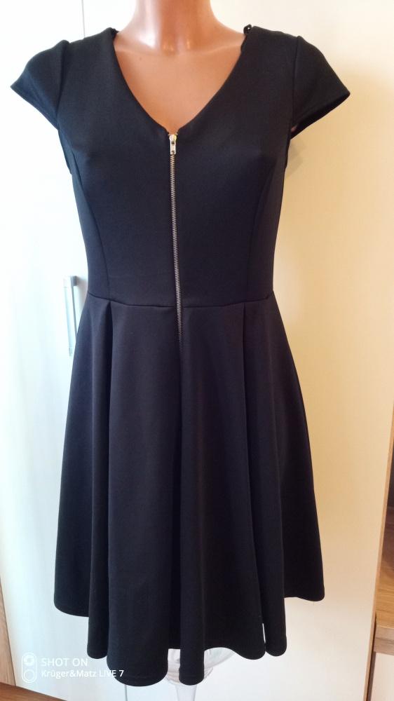 Suknie i sukienki Mała czarna 38