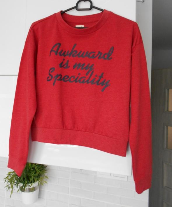 Bluzy Sinsay nowa czerwona bluza dresowa z napisem