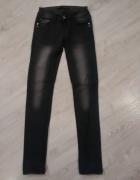 Czarne dżinsy xs...