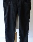 Spodnie Czarne 30 Giorgio Armani Jeans L 40 Połyskujące...
