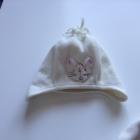 biały polarek czapeczka NEXT i śłiczne buciki