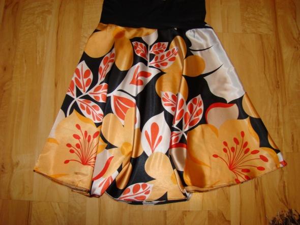Spódnice Spódniczki S