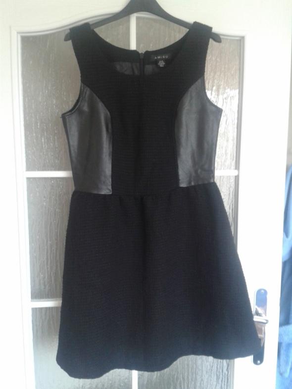 Czarna sukienka New Yorker rozmiar M...