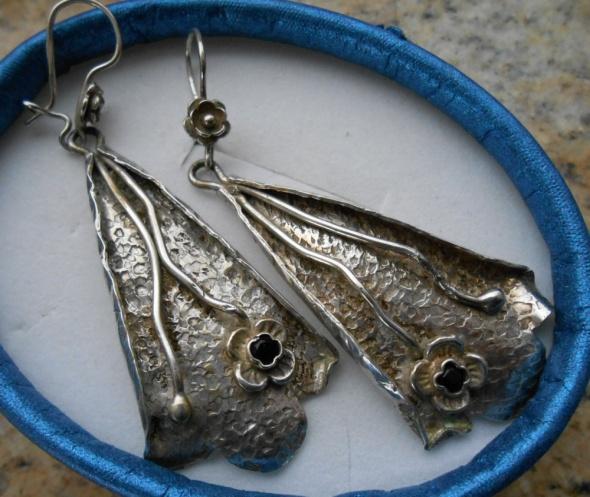 Długie kolczyki z niezapominajkami srebro