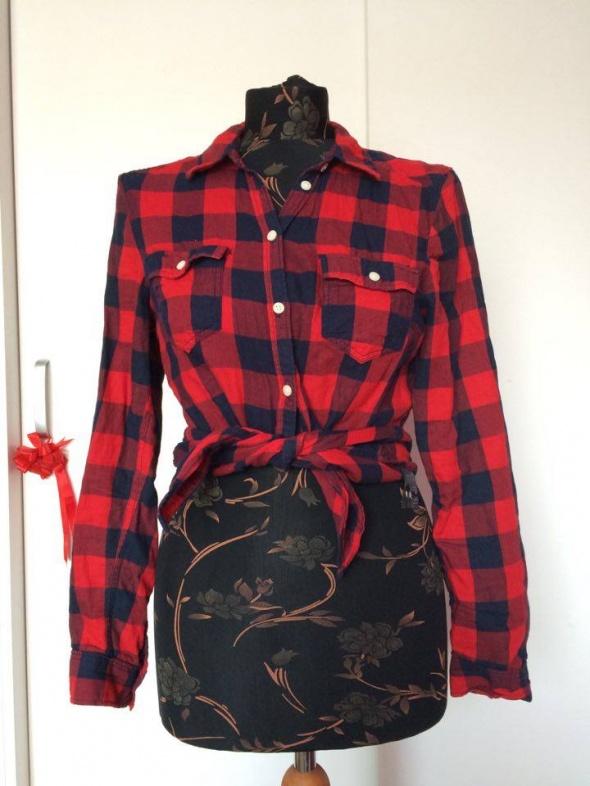H&M czerwona koszula w czarną kratę kratkę