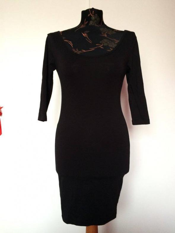 Terranova czarna dopasowana ołówkowa sukienka...