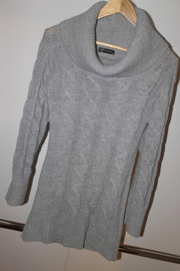 Sisters Point szary sweter tunika z golfem warkocze m l