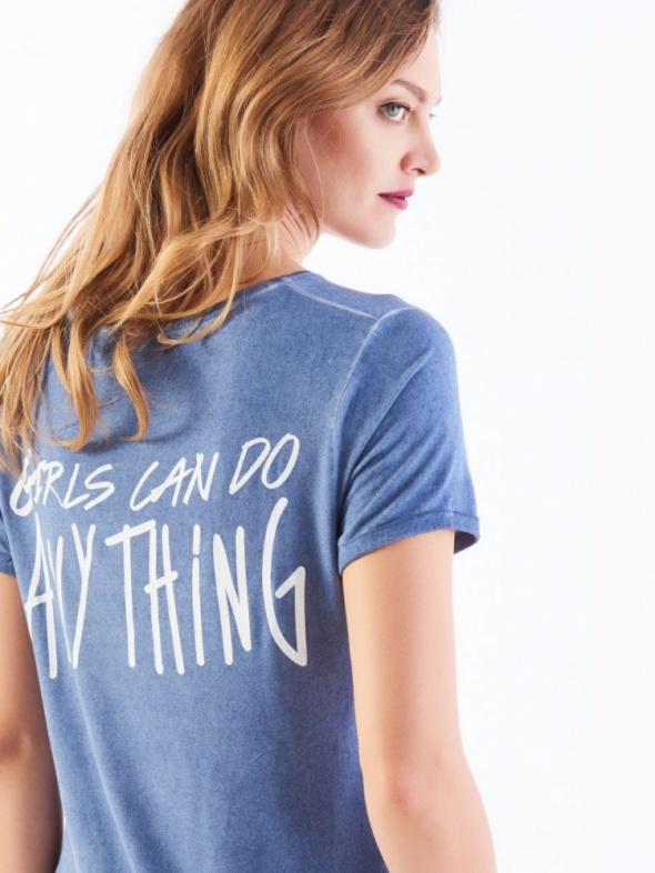 Mohito niebieska koszulka oversize z napisem na plecach M