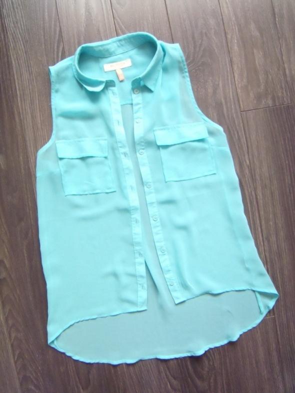 Bluzki Bershka Nowa pastelowa bluzeczka mgiełka