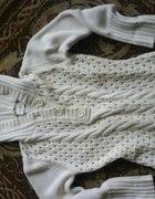 NEXT ażurkowy sweter z kapturem...