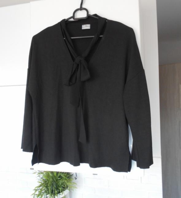 Zara czarna bluzka z kokardą wiązana