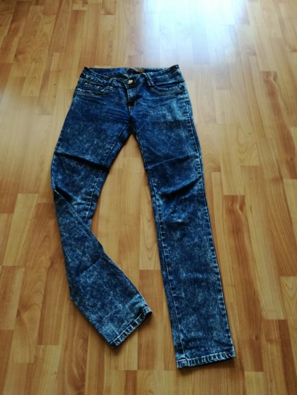 Spodnie spodnie jeansy marmurki M
