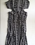 Długa letnia sukienka z wycięciami i rozporkiem...
