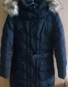 Czarna kurtka z futerkiem długa płaszcz zimowy Camaieu...
