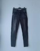 Czarne spodnie jeansy rurki M...