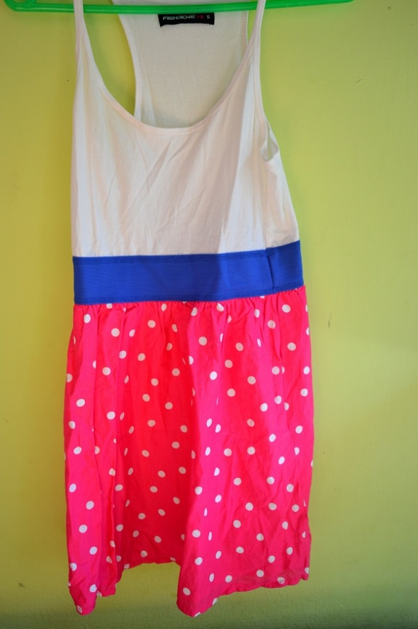 różowa sukienka w grochy 36...