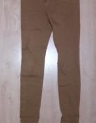Brązowe spodnie C&A...