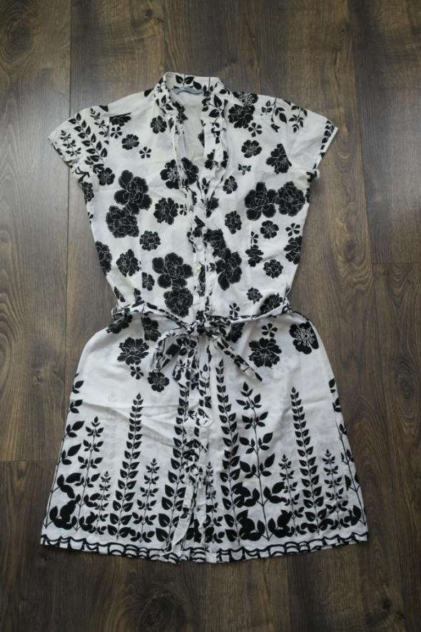 Bawełniana sukieneczka 38