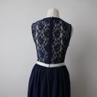 Granatowa sukienka z koronką Asos