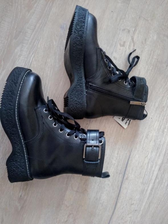 Buty skórzane glany Zara