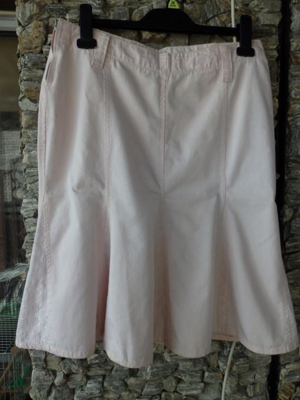 Spódnice spódnica do kolan 36 Amisu