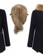 Rozkloszowany płaszcz futerko suwaki