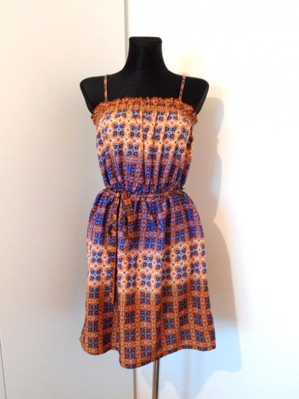 Suknie i sukienki Brązowa sukienka w stylu boho wzór