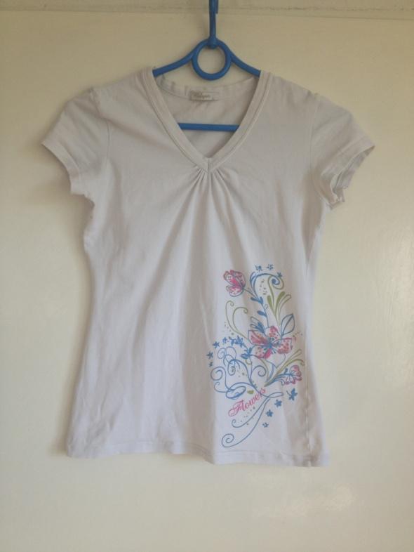 Koszulka nadruk kwiaty dekolt V krótka używana S M