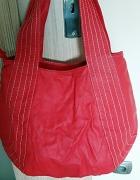 czerwona torebka Carry