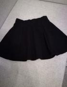 Klasyczna czarna spódnica H&M...