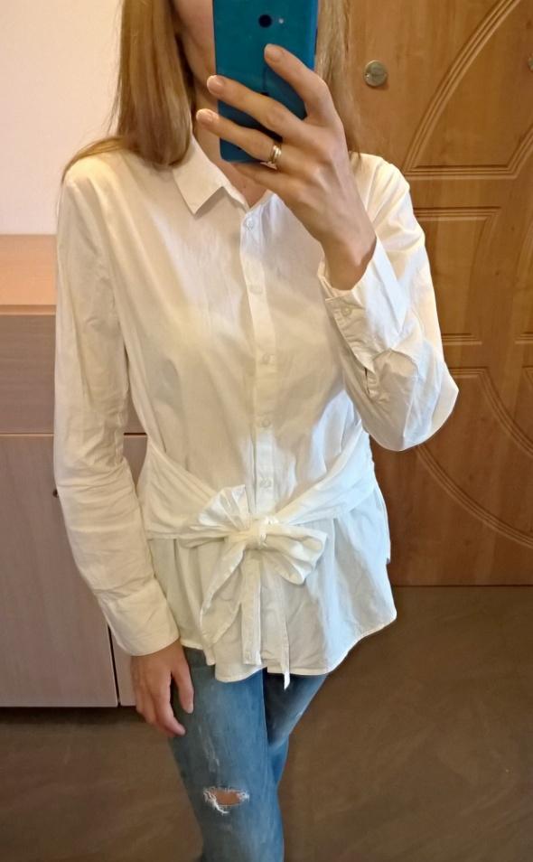 Biała koszulowa bluzka z wiązaniem bawełna