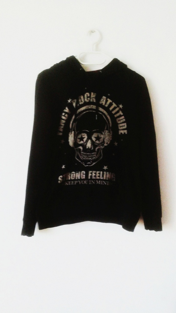 Czarna bluza Fishbone New Yorker z czaszką emo rock gothic punk z kapturem hoodie czaszka krata kaptur