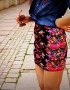 spódniczka w kwiaty floral Bershka...
