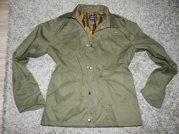 zielona kurtka wiatrówka khaki 44